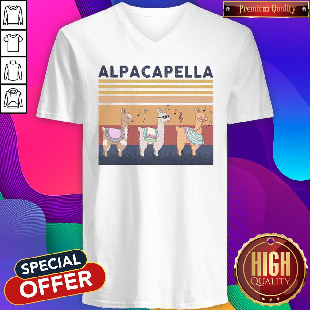 alpacapella-camel-vintage-retro-alpacapella-camel-vintage-retro-  V- neck