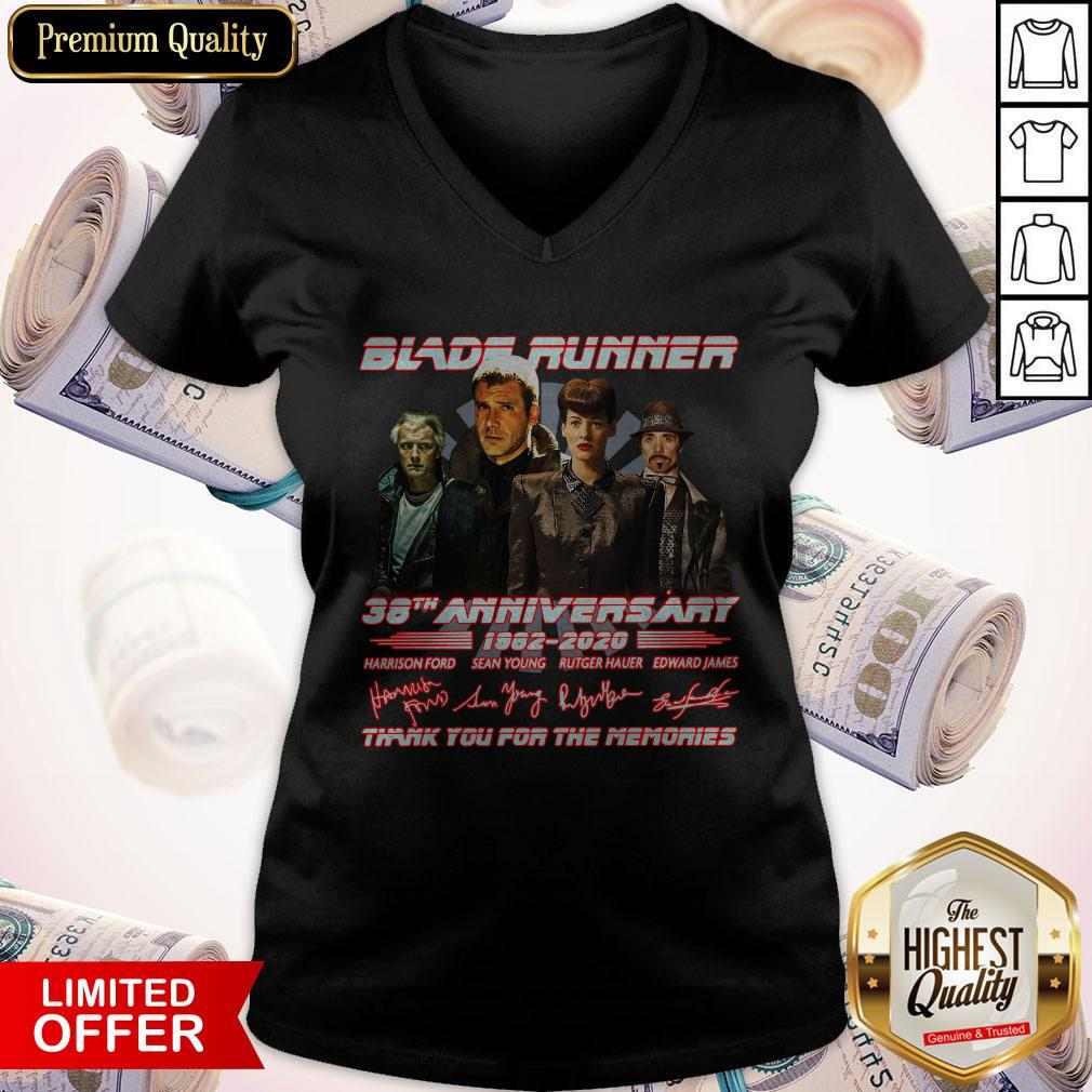Blade Runner 38th Anniversary 1982 2020 Thank You For The Memories Signatures V- neck