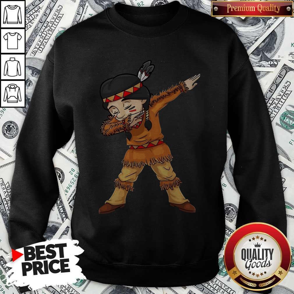Funny Dabbing Native American Pilgrim weatshirt