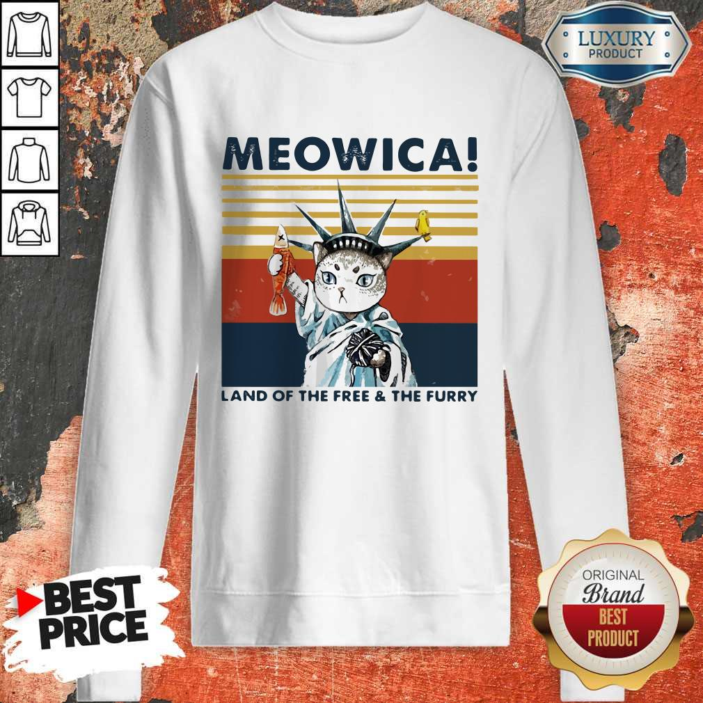 Meowica Land Of The Free And The Furry Vintage Retro weatshirt