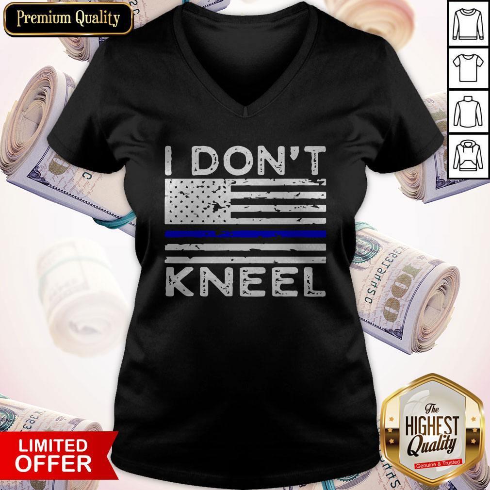 Pretty I Don't Kneel V- neck