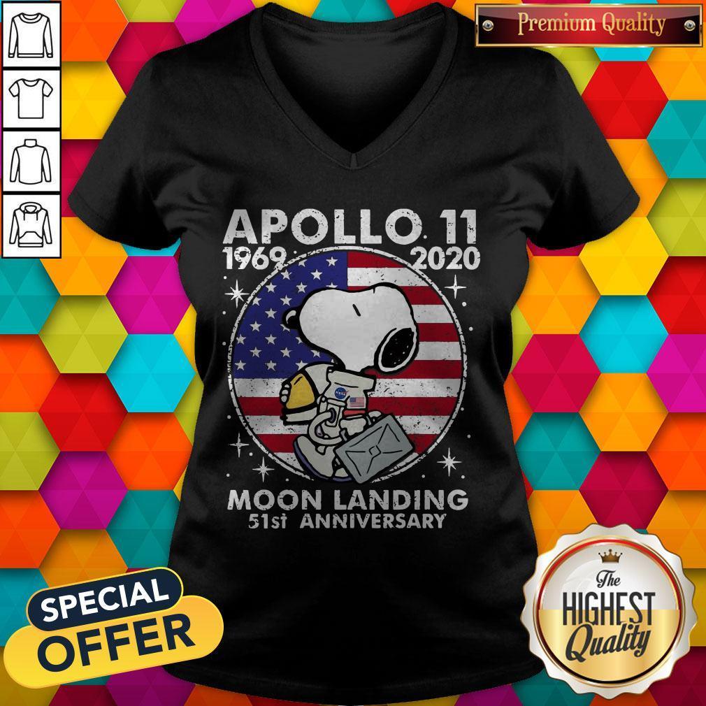 Snoopy American Flag Apollo 11 1969 2020 Moon Landing 51st Anniversary V- neck
