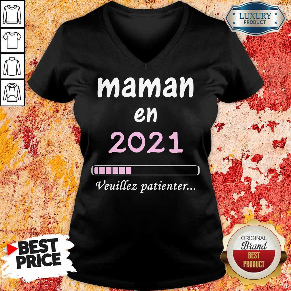 Mama En 2021 Veuillez Patienter V-neck