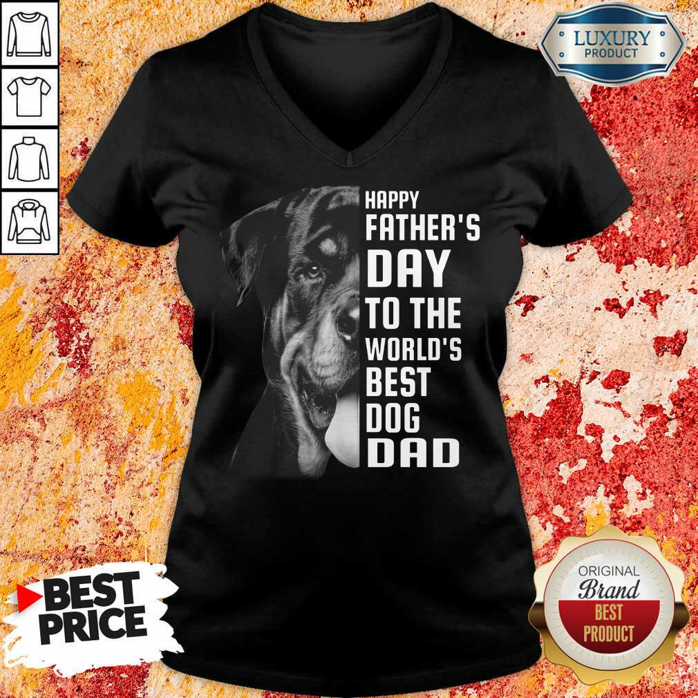 Rottweiler The World's Best Dog Dad V-neck