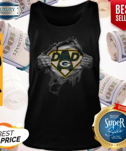 Pretty Blood Inside Me Dad Green Bay Packers Logo Tank Top