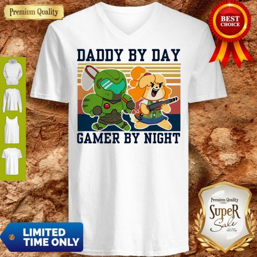 Top Doomguy and Isabelle Daddy By Day Gamer by Night Vintage V-neck
