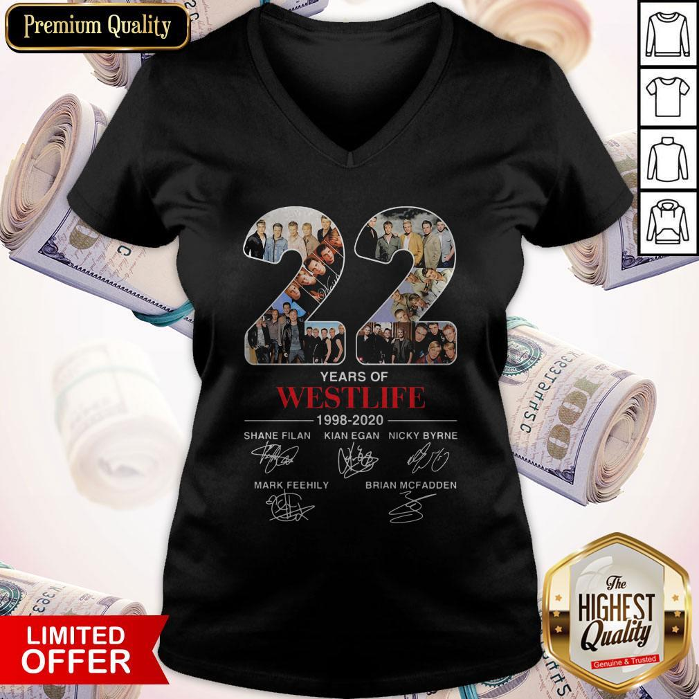 22 Years Of Westlife 1998 2020 Signatures V- neck
