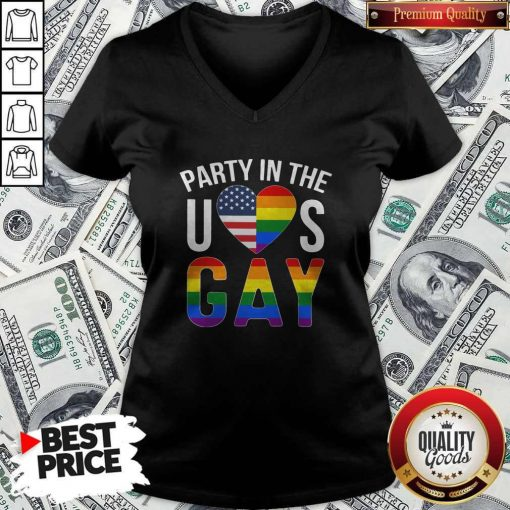 Party In The US GAY Shirt Classic V- neck