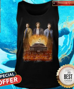 Supernatural 2005 2020 15 Seasons 327 Episodes Signatures Tank Top