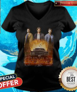 Supernatural 2005 2020 15 Seasons 327 Episodes Signatures V- neck