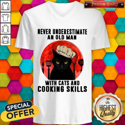 Never Underestimate An Old Man With Cats And Cooking Skills V- neck