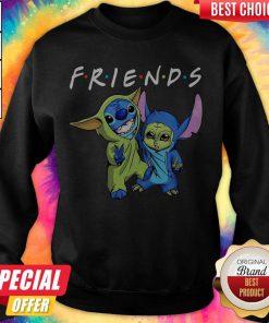Nice Baby Yoda And Baby Stitch Friends weatshirt