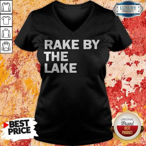 Top Rake by the lake V- neck