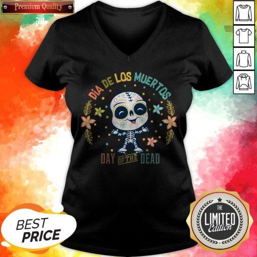Dia De Los Muertos - Day Of The Dead Cute Sugar Skull V-neck