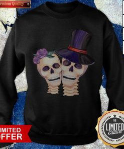 Funny Cute Smiling Couple Lover Skull Floral Roses And Leaf Dia De Muertos Day Dead Halloween Sweatshirt