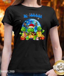 Funny Turtles Merry Christmas V-neck Design By Agencet.com
