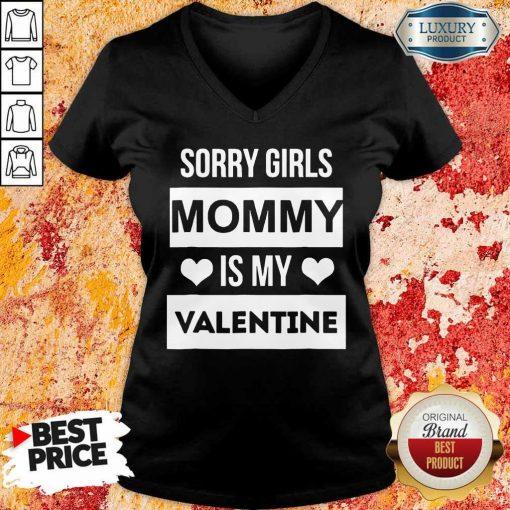 Amused Girls Mommy My Valentine 1 V-neck