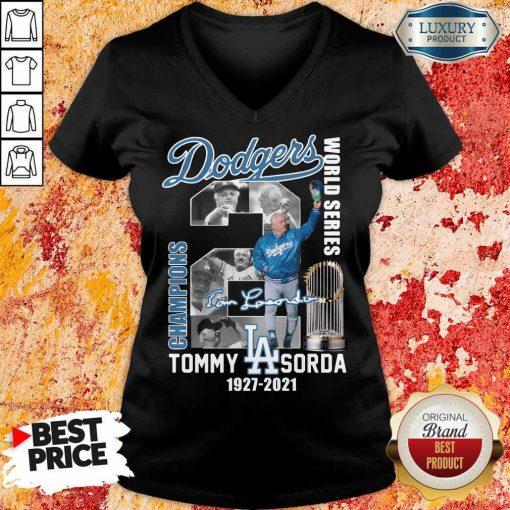 Confident LA Dodgers World Series Champions 2 Tommy Lasorda V-neck - Design by Agencetees.com