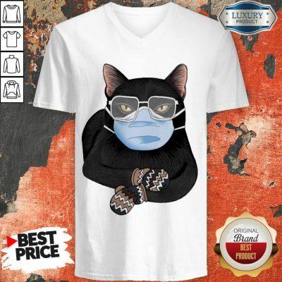 Cross Covid 19 Black Cat Face Mask 2021 V-neck - Design by Agencetees.com