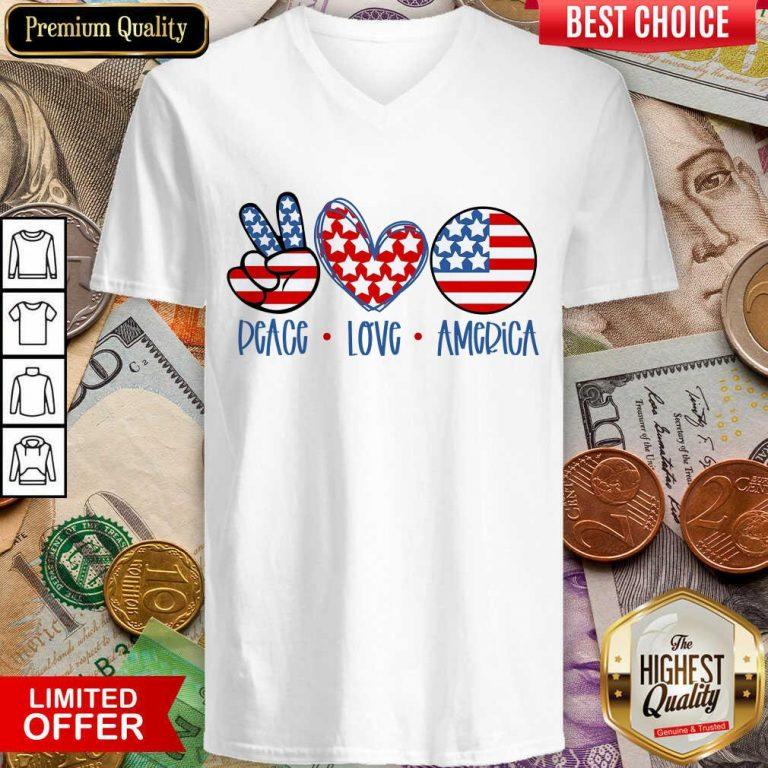 Good Peace Love America V-neck