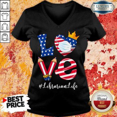 Love American Flag Librarian Life V-neck